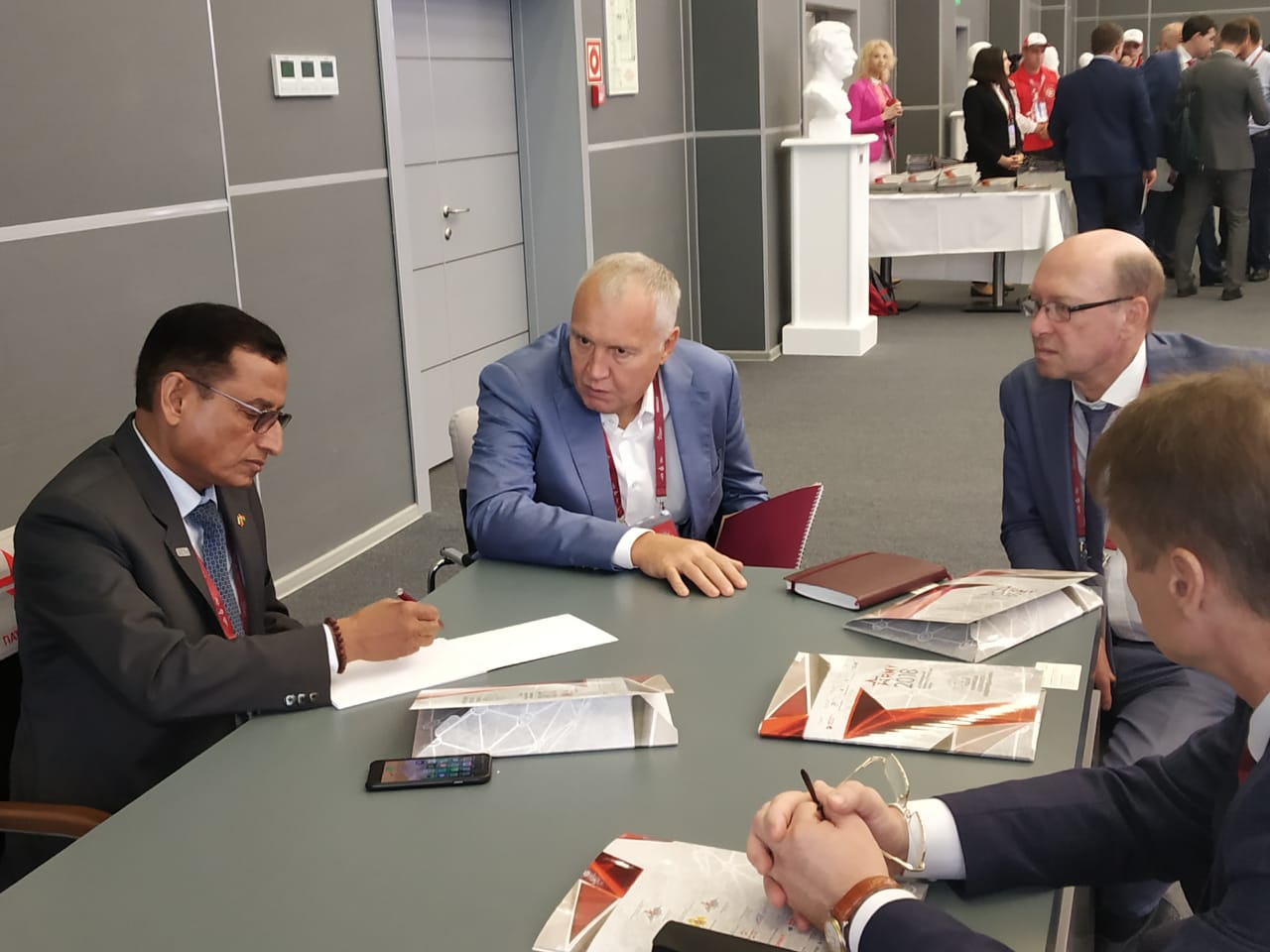DG SIDM interacting with Mr Rudenko Andrei, Member of the Board, Russian Joint Stock Company DUX on the sidelines of International Military Technical Forum ARMY 2018, Moscow